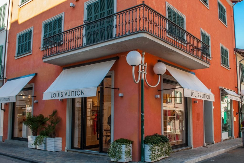 Forte dei Marmi louis vuitton boutique Tuscany