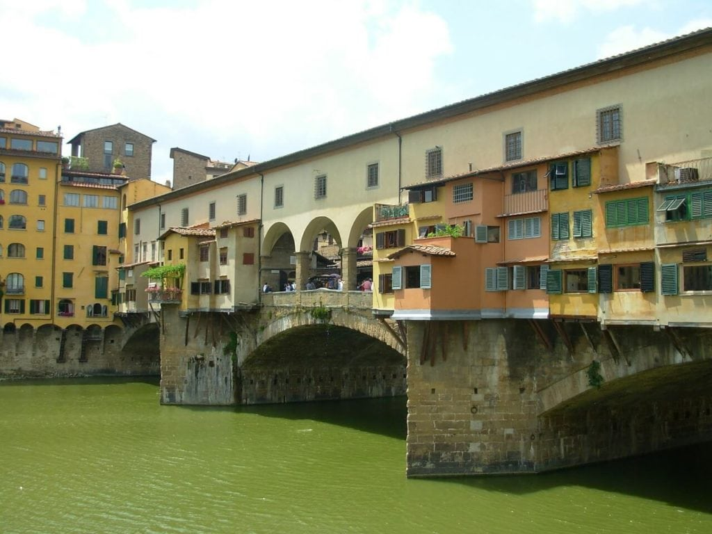 Ponte vecchio florence tuscany