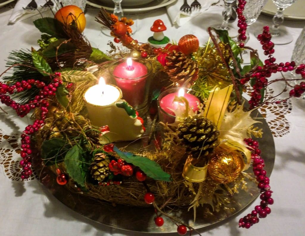 How to Make a Christmas Centrepiece How to Make a Christmas Centrepiece new pictures