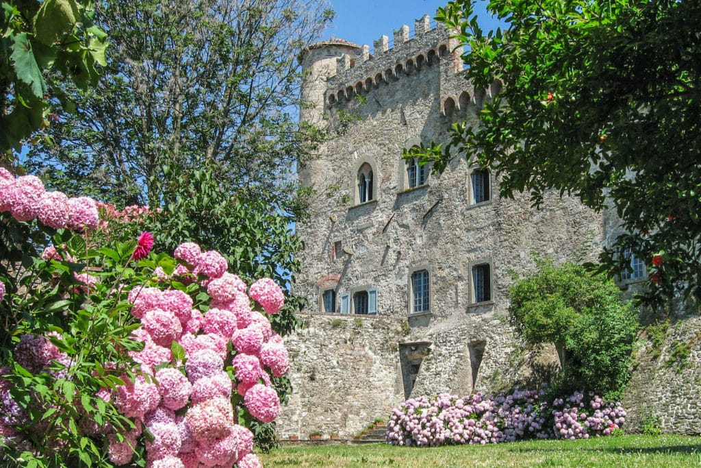 Garden of Fosdinovo castle