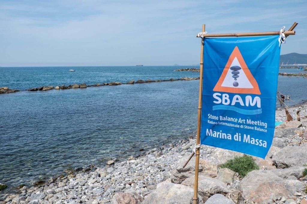 SBAM Flag Stone Balancing Tuscany