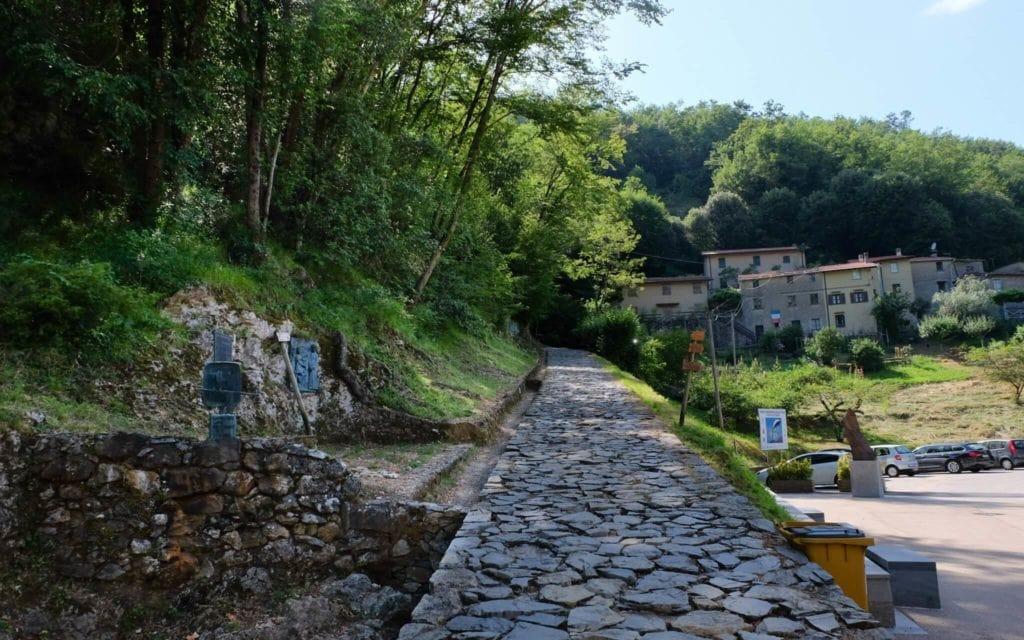Via Crucis path Sant'Anna di Stazzema