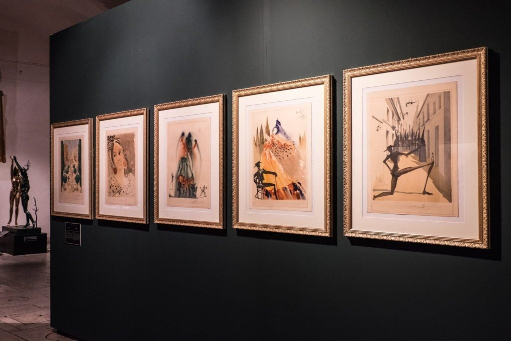 Dalì's paintings in Pietrasanta