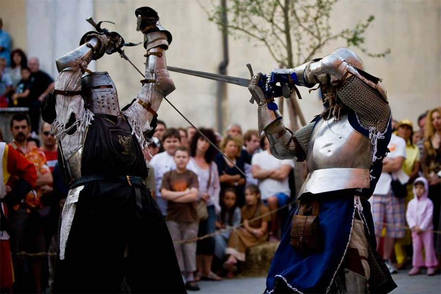 middle age knight show in lunigiana