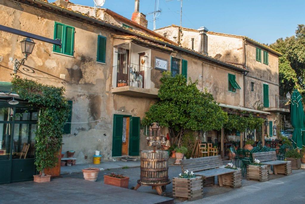 Largo Nonna Lucia Bolgheri Tuscany