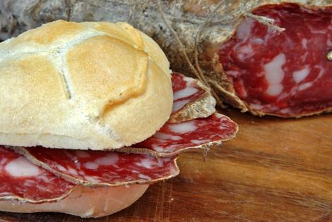 Merenda Salami bread