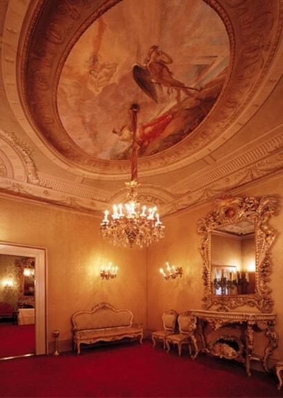 Salotto di mezzo Palazzo Borghese of Florence