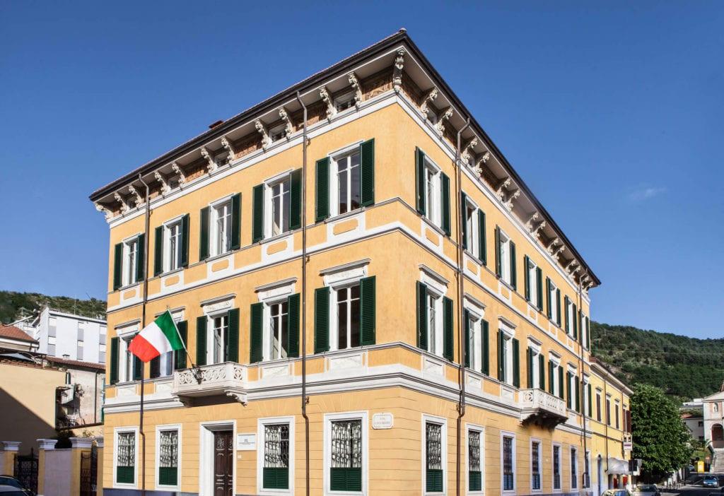 palazzo cucchiari of carrara exterior