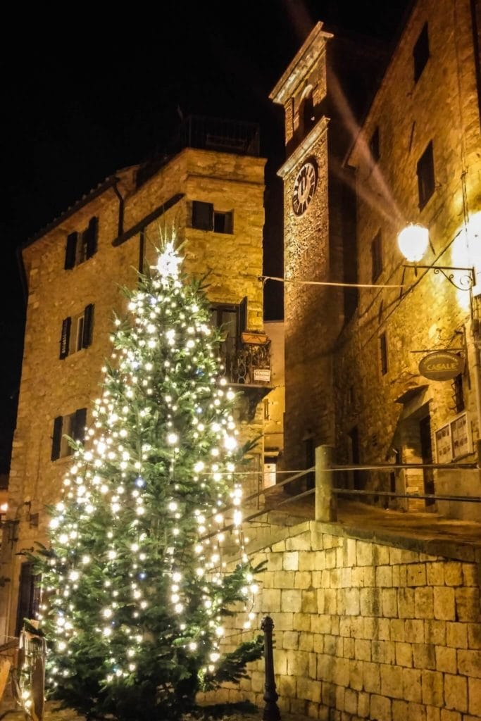 Christmas Tree in the square of Casale Marittimo