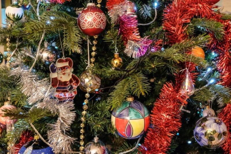 Decorations of Xmas Tree, Traditions of Christmas in Tuscany
