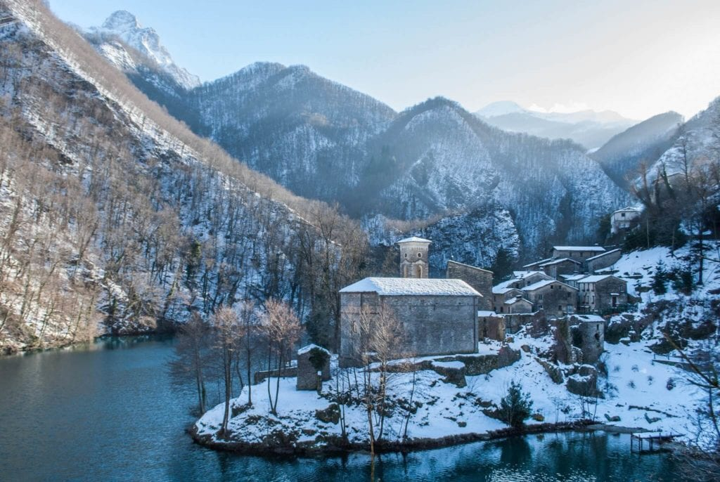 Isola Santa in Garfagnana Weather in Tuscany