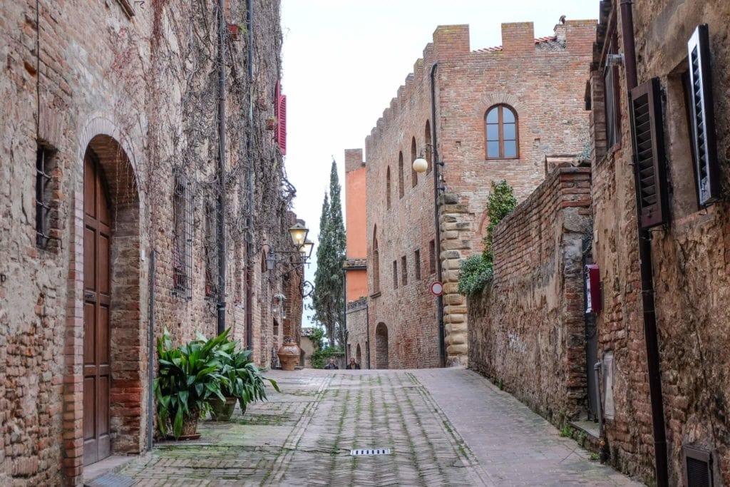 Street of Certaldo