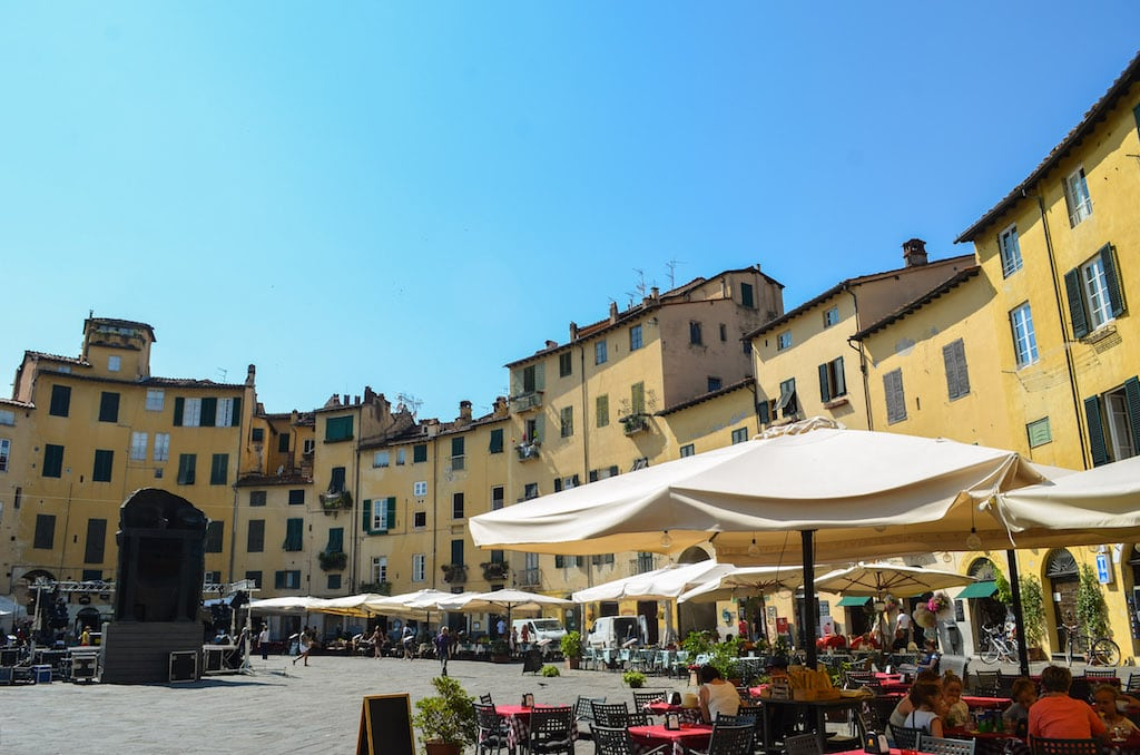 The old amphitheatre, what to do in Lucca for a half day