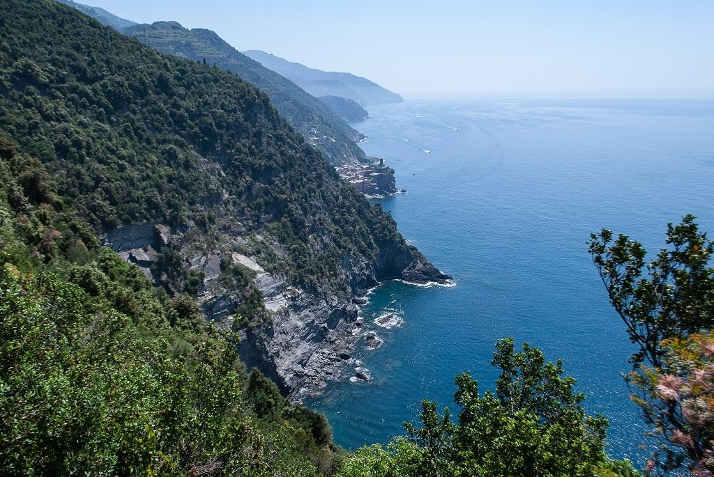 From Florence to Cinque Terre, View along the panoramic path of the Cinque Terre