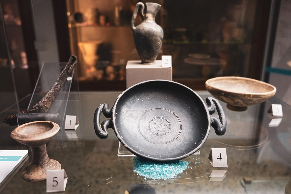 Pieces of evidence Archaeological museum villa baciocchi valdera in tuscany