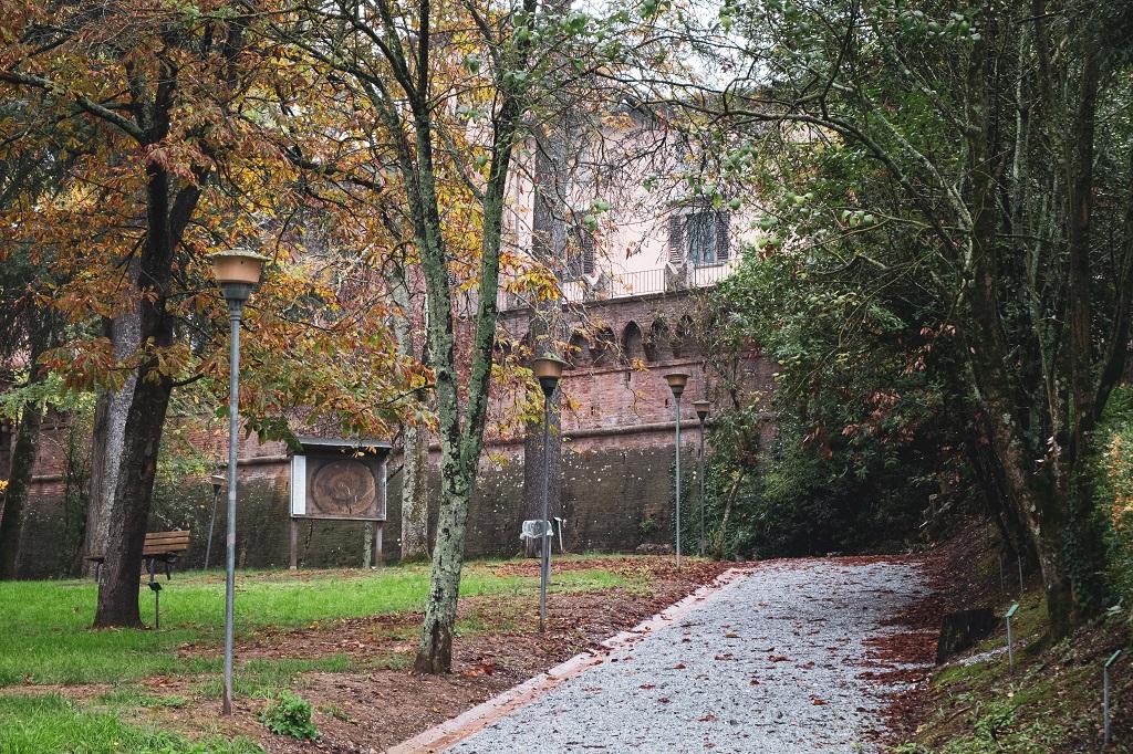 Villa Baciocchi Gardens, valdera in tuscany