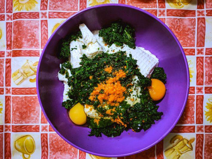 a large bowl to put all ingredients to make Gnudi