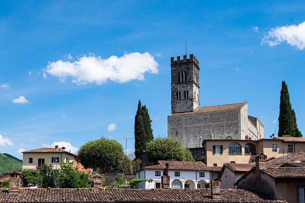 The Duomo of Barga and the roofs of the town
