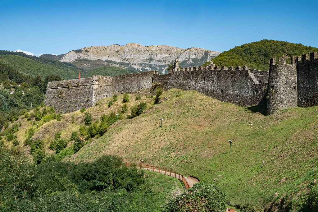 View of the walls of Verrucole Fortress